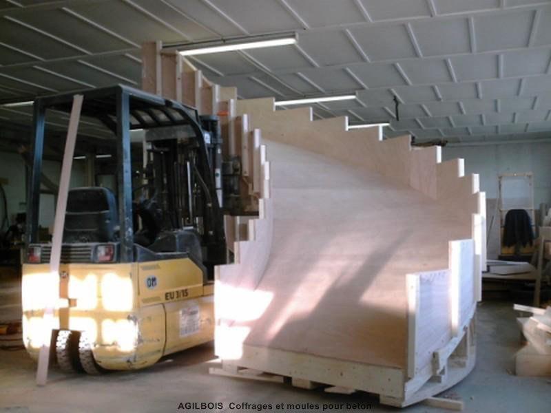 Coffrage pour escalier beton coffrage bois - Faire un escalier en beton ...