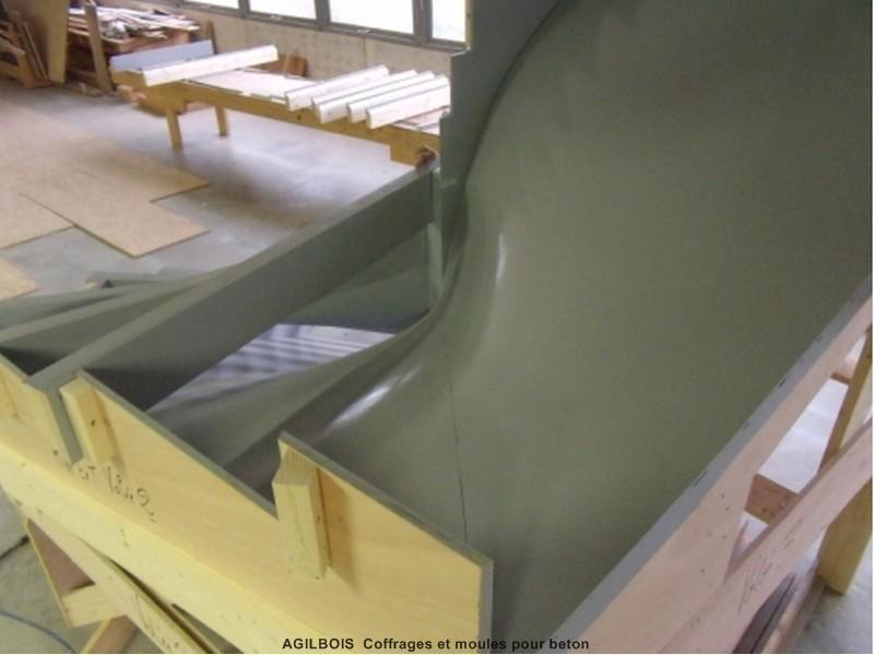 Coffrage pour escalier beton coffrage bois - Peinture pour escalier beton ...