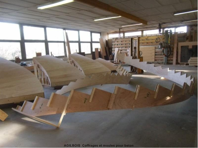 coffrage pour escalier beton coffrage bois. Black Bedroom Furniture Sets. Home Design Ideas